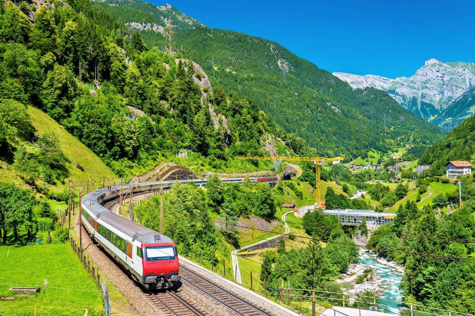 ゴッタルド線 スイスの鉄道風景