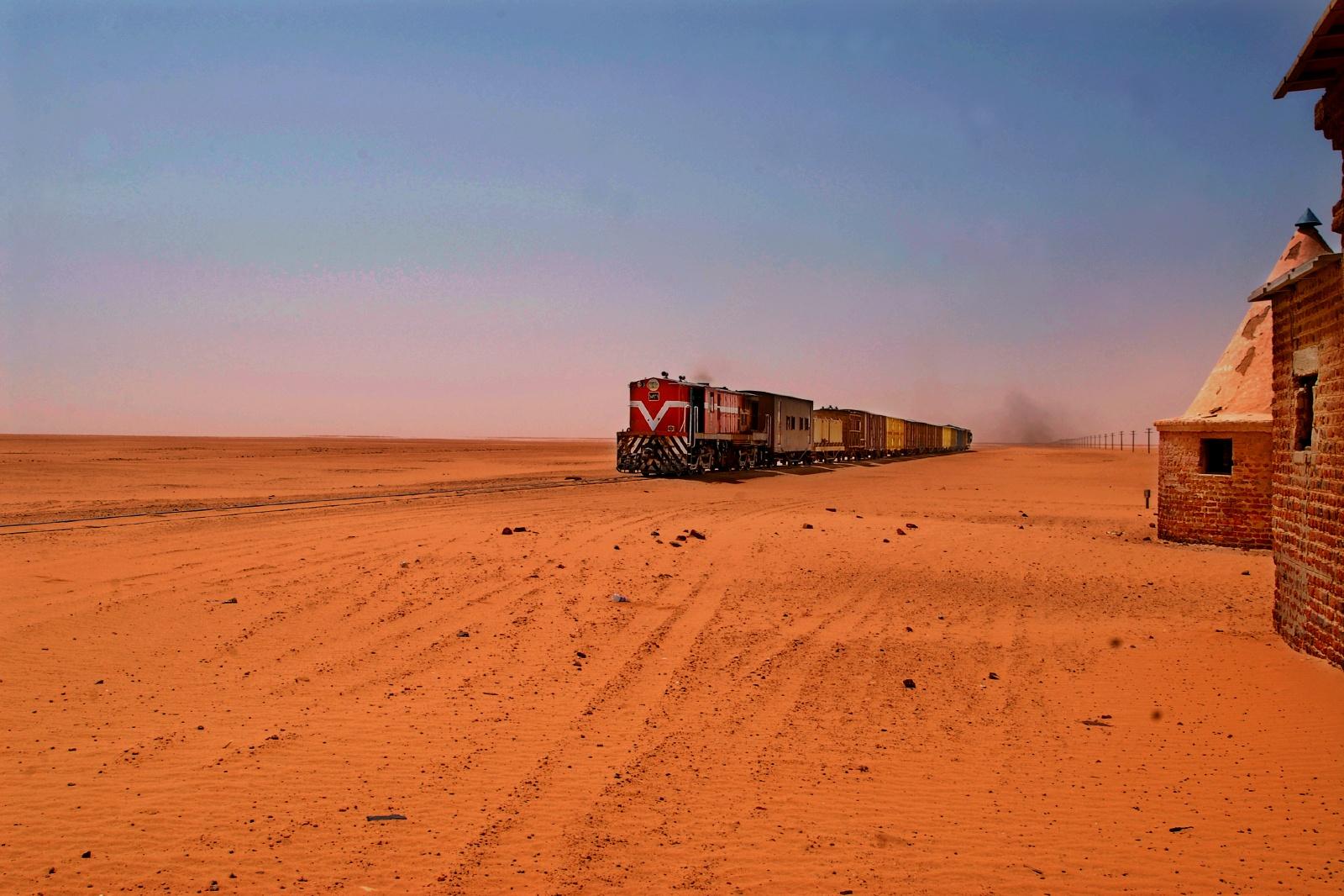 スーダンの鉄道 アフリカの鉄道風景