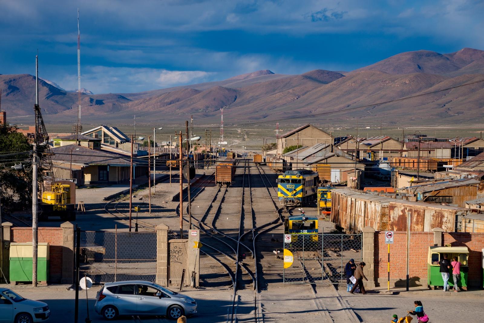 ボリビアの鉄道風景